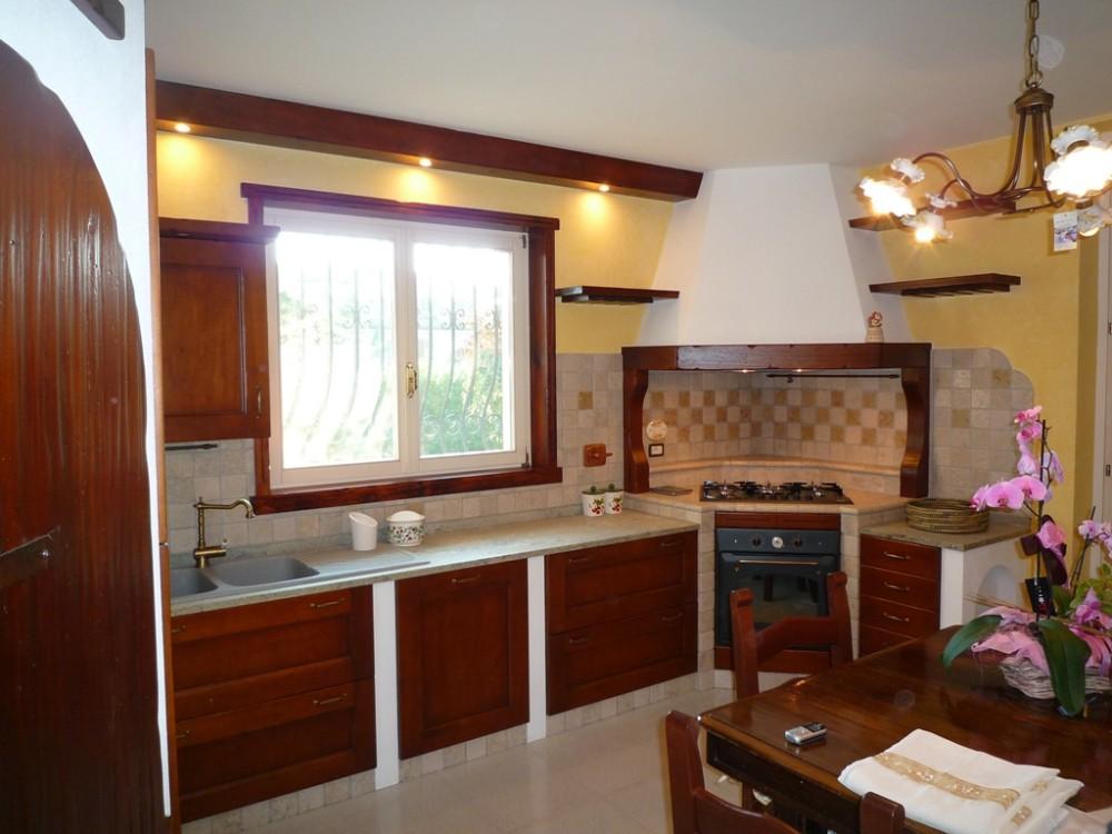 Cucine in muratura a gorizia - Cucine particolari in muratura ...